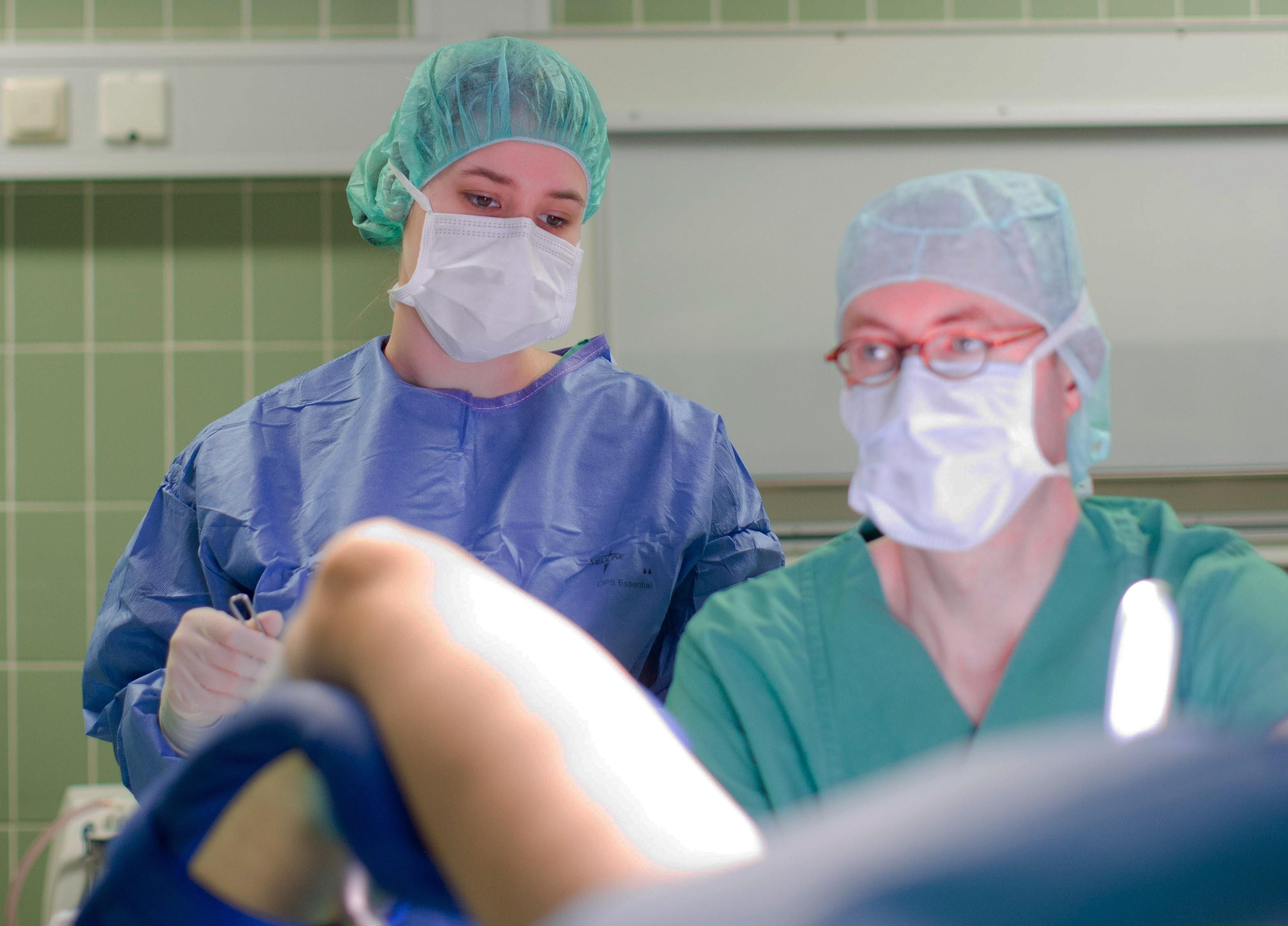 Wie lange krankenhaus gebärmutter op Hysterektomie (Gebärmutterentfernung):